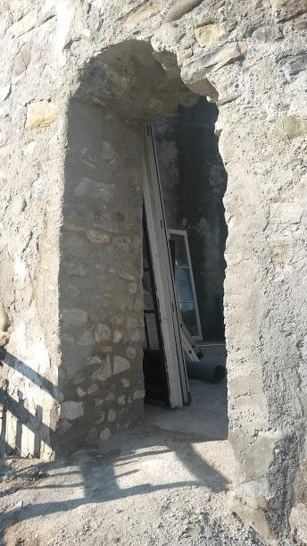 La Porte Est direction la Salle de bain